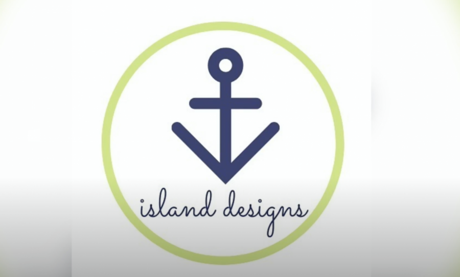 Alumna Creates Island Designs Jewelry Over Quarantine